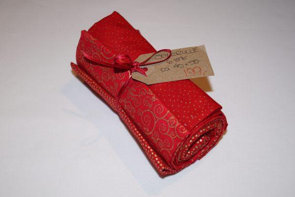 Rødt julebundt